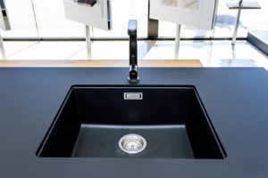 fenix benchtop, black kitchen, undermount sink